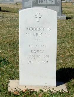 Robert D Clark, Sr