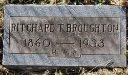 Richard T Broughton