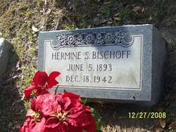 Hermine S Bischoff