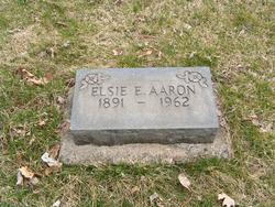 Elsie E <i>Thomas</i> Aaron