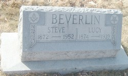 Lucy <i>Wood</i> Beverlin