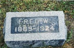 Fred W Casterlin