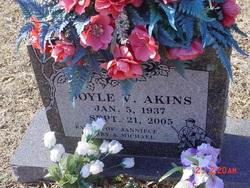 Doyle Akins