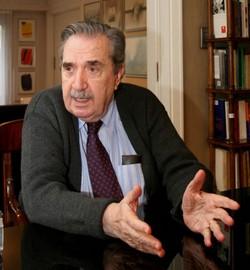 Dr Ra�l Ricardo Alfons�n