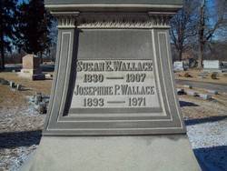 Susan Arnold <i>Elston</i> Wallace