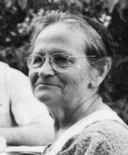 Elizabeth <i>Schuster</i> Reinerth