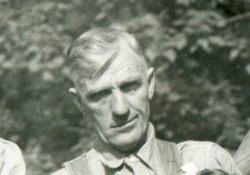 Oliver Dockery Giseburt