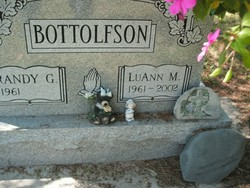LuAnn Marie <i>Rosen</i> Bottolfson