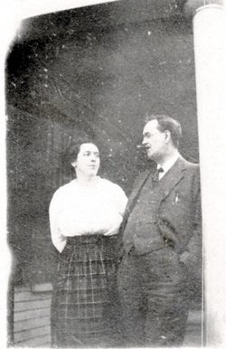 Flora Annie <i>McInnis</i> McCue