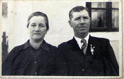 Jane� Urek