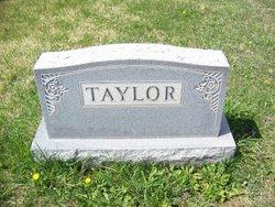 Pearl Geneva <i>Kipe</i> Taylor
