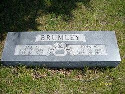 Mrs Ona Mae <i>Mullins</i> Brumley