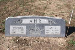 Anna Ahr