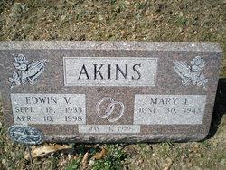 Edwin V Akins