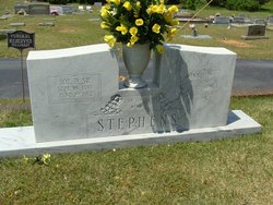 Winnie Ruth <i>Davis</i> Stephens