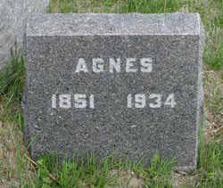 Agnes Muir <i>Scott</i> Engstrom