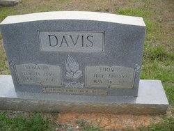 Thomas Thom Davis