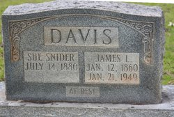 Sue <i>Snider</i> Davis