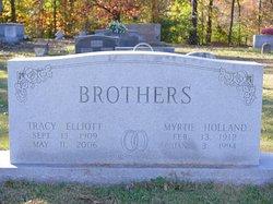 Tracy <i>Elliott</i> Brothers