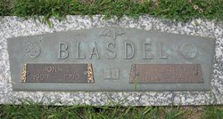 Wreatha Dale <i>Geist</i> Blasdel