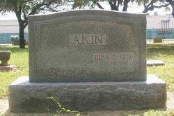 Olan Dearinger Akin