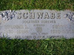 Betty J Schwabe