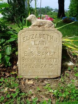 Elizabeth J. <i>Lain</i> Baker