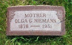 Olga G <i>Heimsoth</i> Niemann