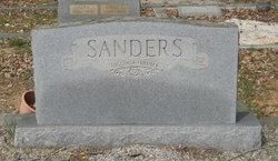 Hoyt E. Sanders