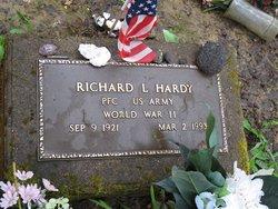 Richard L Hardy