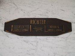 Gus E Richter