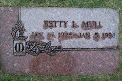 Betty Lee <i>Green</i> Mull