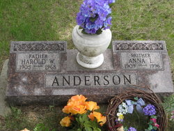 Anna Louise <i>Rosentreader</i> Anderson