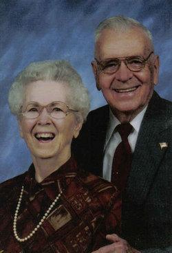 Helen L. <i>Dunlap</i> Baker