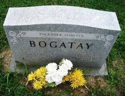 Annie Bogatay