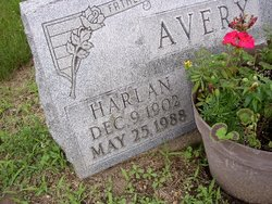 Harlan D Avery