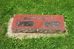 Wealthy Leone <i>Goldenpenny</i> Bennett