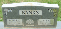 Beth Rae <i>Wilcox</i> Banks