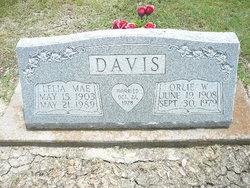 Lela Mae <i>Vaughan</i> Davis