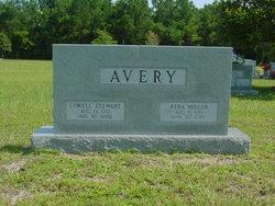 Reba Faye <i>Miller</i> Avery