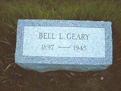 Bell Leika <i>Hayes</i> Geary