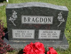 Violet E <i>Condon</i> Bragdon