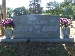 Maureen <i>Booth</i> Akin