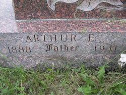 Arthur E Bettenhausen