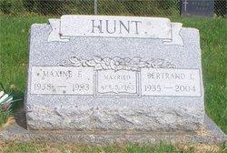 Maxine <i>Schmidt</i> Hunt