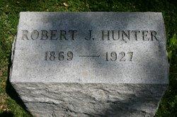 Robert J Hunter