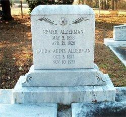 Laura <i>Akins</i> Alderman