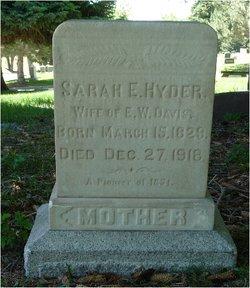 Sarah Elizabeth <i>Hyder</i> Davis