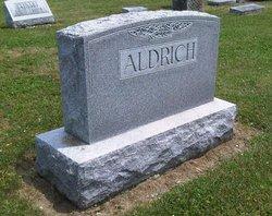 Elsie M Aldrich