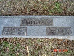 Martha B <i>Carlisle</i> Moore